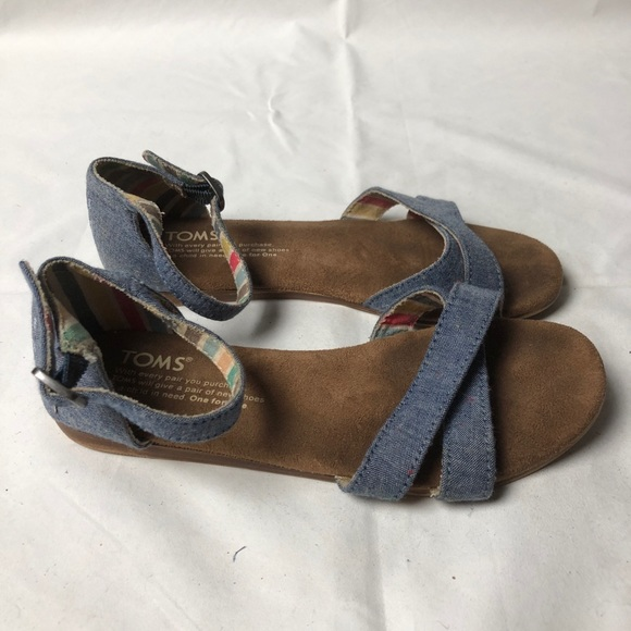 Toms Other - TOMS Girls Flat Sandals Y2 Ankle Strap
